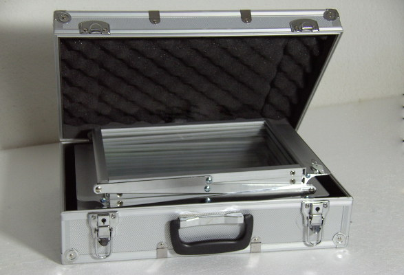 Prospektständer faltbar A4 Querformat FONTANA - Transportkoffer